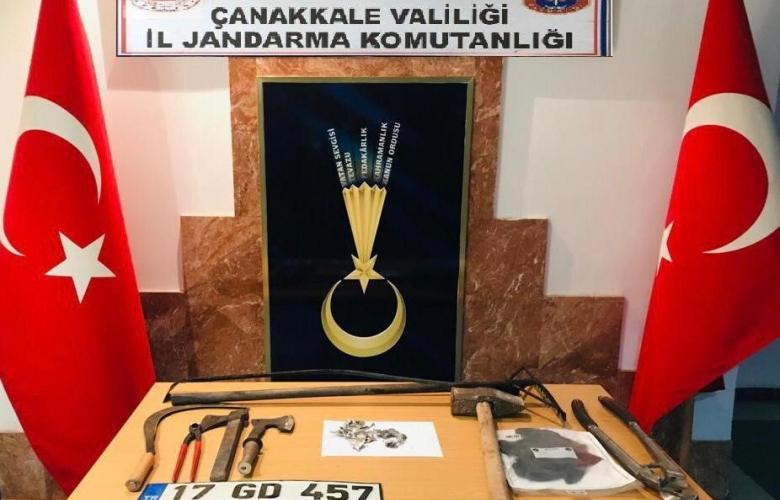 HIRSIZLAR JANDARMANIN AMANSIZ TAKİBİ NETİCESİNDE YAKALANDILAR