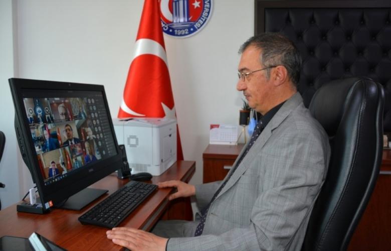 """""""ENGELSİZ ÜNİVERSİTE ÖDÜLLERİ"""" SAHİPLERİNİ BULDU"""